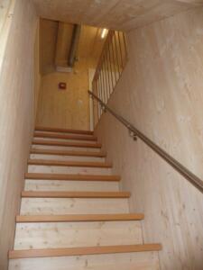 02 Treppe